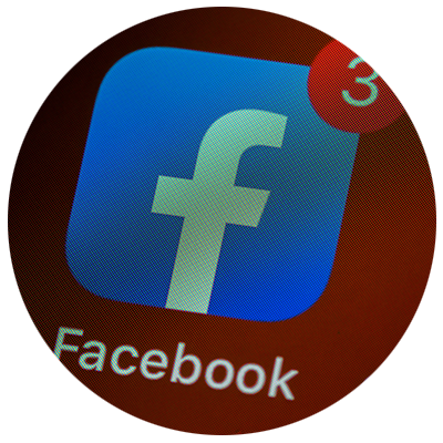 facebook with notification of messages